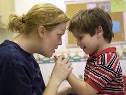 Предотвратить развитие аутизма