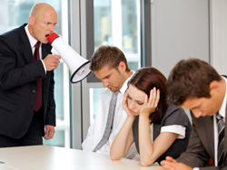 Как руководителю общаться с подчиненными